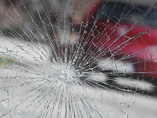 Как заменить разбитое камнем лобовое стекло по «автогражданке»