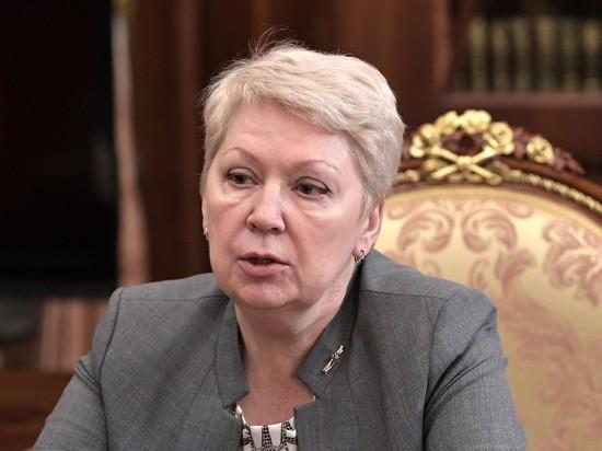 Министр образования о главной задаче школы: это не обучение детей