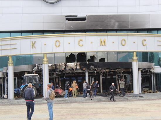 Въехавший в кинотеатр Екатеринбурга водитель «боролся с дьяволом»