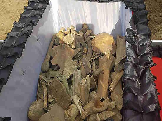 Вас здесь не лежало: владельцы шашлычной потребовали перезахоронить выдающихся москвичей