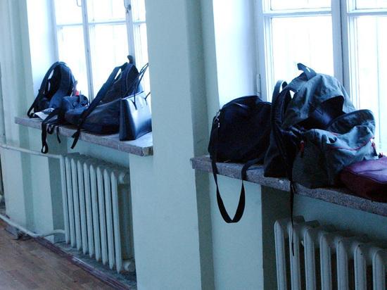 Девятиклассник открыл огонь в подмосковной школе: дети прыгали в окна