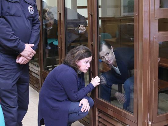 Шалтай-Болтай отправился за решетку: рядовые хакеры получили больше лидера