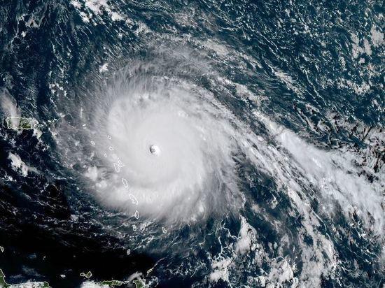 Разрушительный ураган «Ирма» сеет панику: в США готовятся к эвакуации