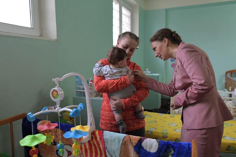 """""""Это все муж"""": детский омбудсмен Кузнецова посетила несовершеннолетних заключенных"""
