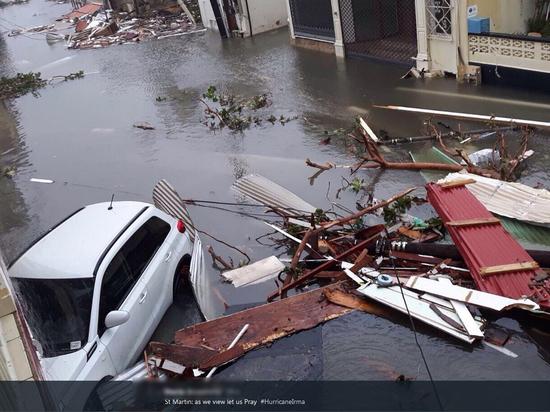 Абрамович, Трамп, Депп: их виллы оказались на пути урагана «Ирма»