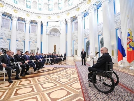 Президент IPC Крэйвен, отстранивший российских паралимпийцев, покинул свой пост