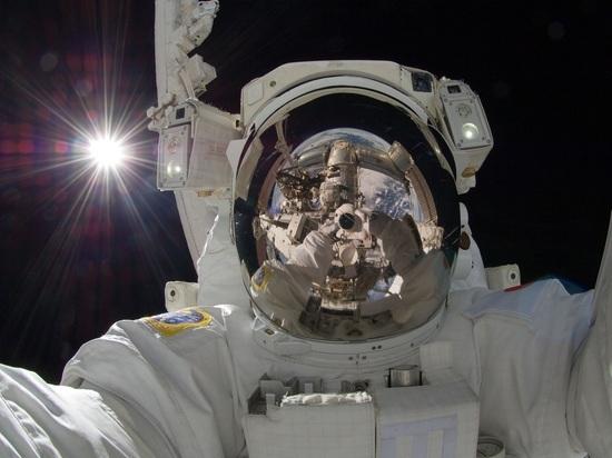 Солнечные вспышки заставили космонавтов на МКС бежать в укрытие