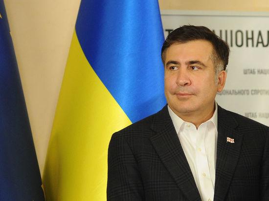 Аваков призвал прорвавшегося на Украину Саакашвили оформиться на госгранице
