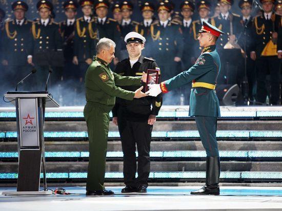 Сергей Шойгу: жители России уважают нелегкий труд военных