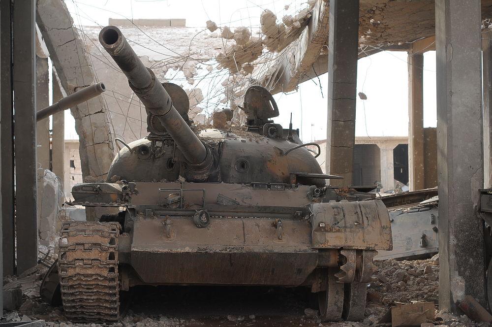 Дейр-эз-Зор после ИГ:  всё что осталось в разрушенном боевиками городе в нашем фоторепортаже.