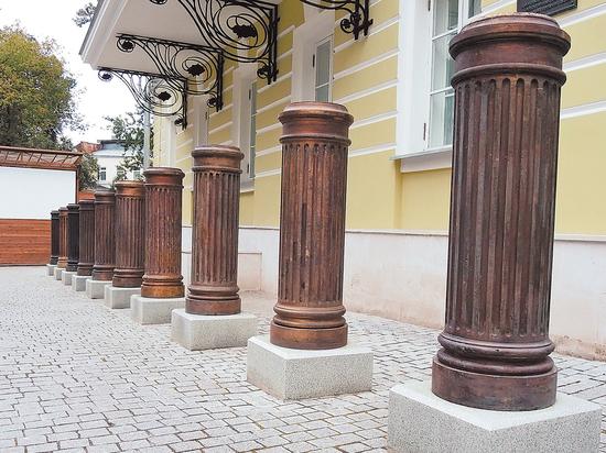 ВКремле некомментируют установку бюста Сталина наАллее правителей