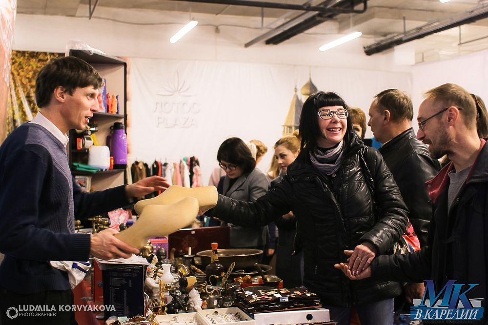 Вот так штучка: Лучшие фото с ярмарки-барахолки в Петрозаводске