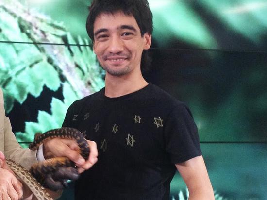 Видеоблогер Валеев скончался отукуса черной мамбы