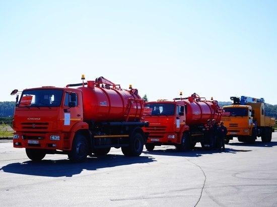 Готовность к суровой зиме: в Калуге представили коммунальную технику для борьбы с непогодой
