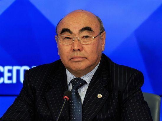 Аскар Акаев: «Самым плохим президентом будет тот, кто считает себя самым умным и потому ни к кому не прислушивается»
