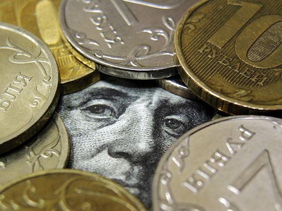Причину подорожания доллара надо искать в обещаниях Трампа