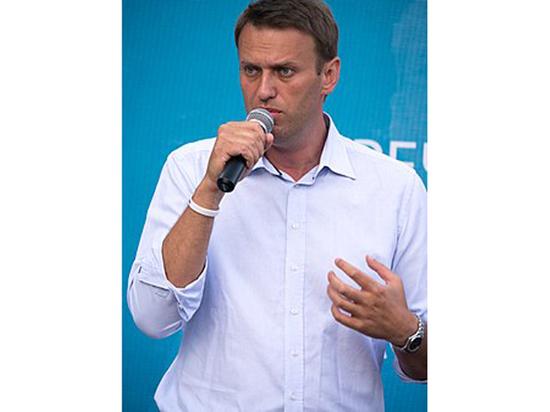 """Кремль отреагировал на слова Навального о """"подарке на путинский юбилей"""""""