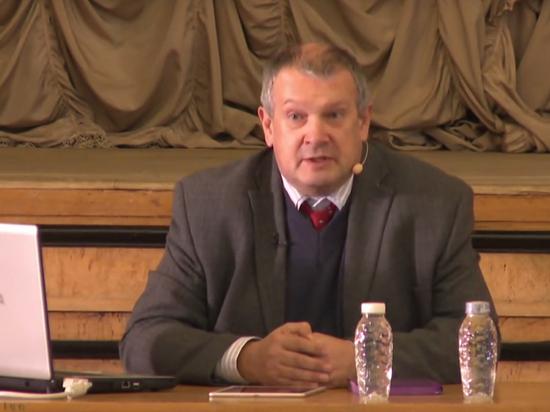 Руководитель экспертного совета ВАК назвал претензии кМединскому необоснованными