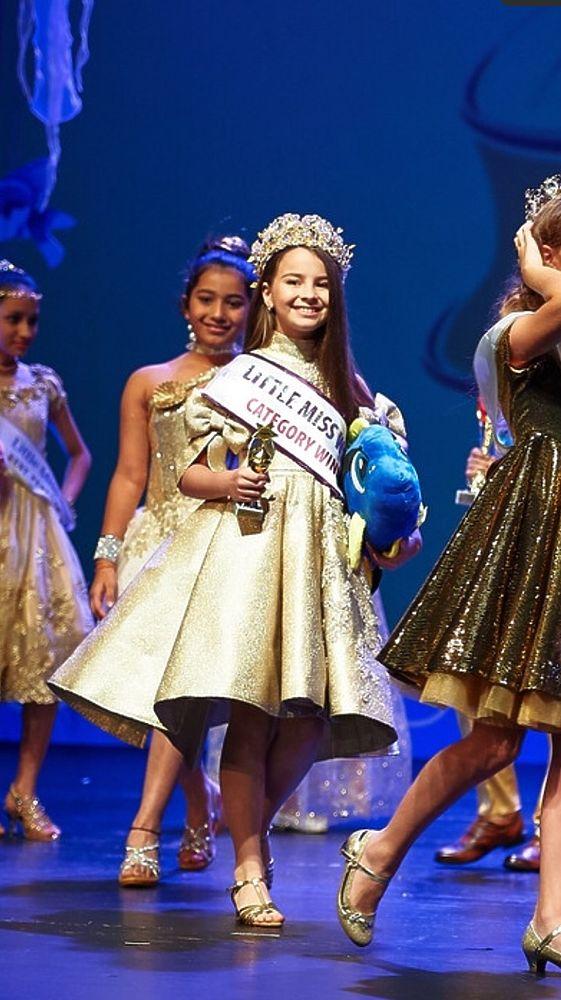 Мини-мисс мира-2017 стала десятилетняя крымская татарка