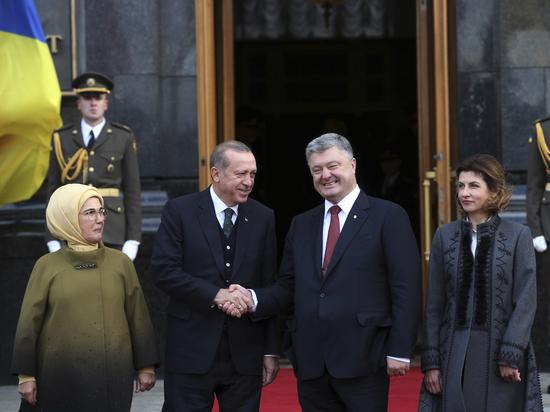 Эрдоган заснул навстрече сПорошенко