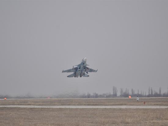Российский Су-24 разбился в Сирии, экипаж погиб