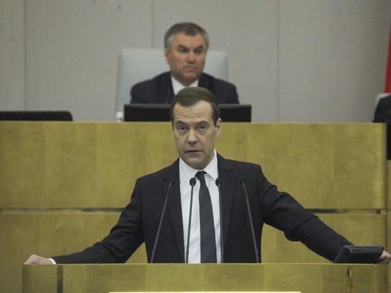 СМИ назвали ключевых претендентов на пост премьера вместо Медведева