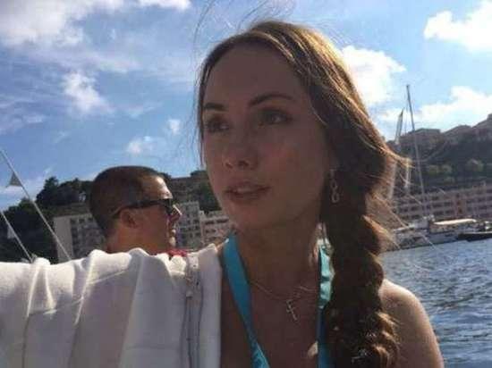 Туристка устроила стриптиз в тайланде видео