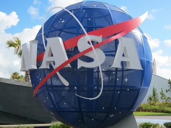 NASA заставит 12 человек лежать месяц вниз головой ради науки