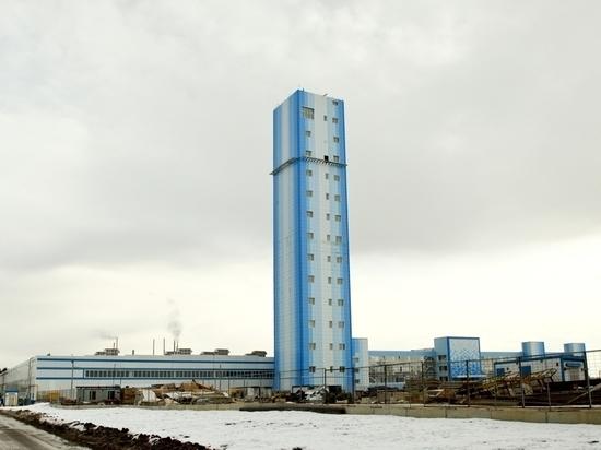 Рабочие лифтостроительного завода обратились за помощью к Медведеву и Шестуну
