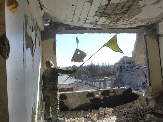Белый дом: Власти Сирии мешают освобождению Ракки отбоевиковИГ