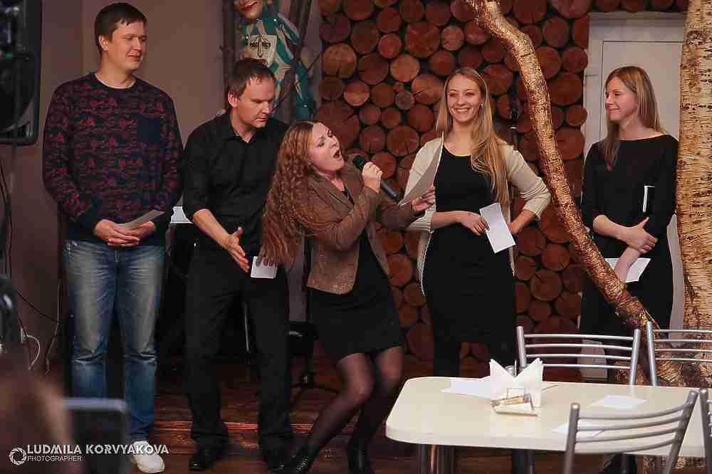 Артисты устроили капустник на открытии очередного сезона петрозаводского Дома актера