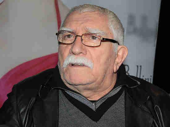 Втеатре Армена Джигарханяна идут обыски