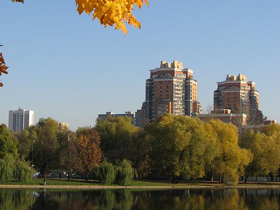 Разочарование в «квадрате»: столичное жилье продолжает дешеветь фото