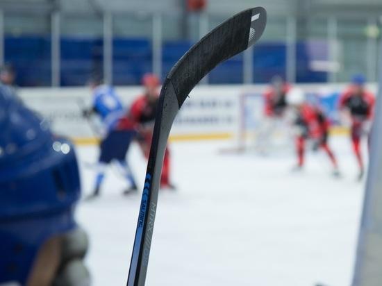 Русские хоккеисты споражения стартовали наКубке Карьяла