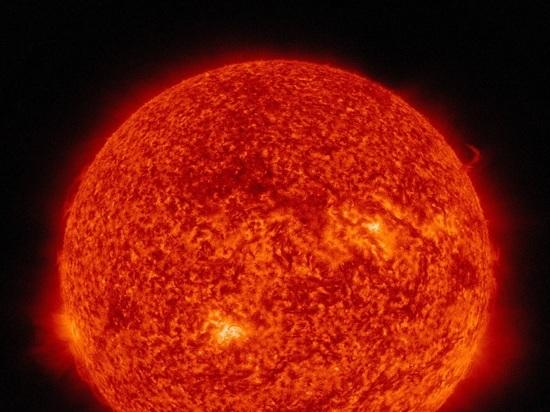 На видимой стороне Солнца исчезли все пятна