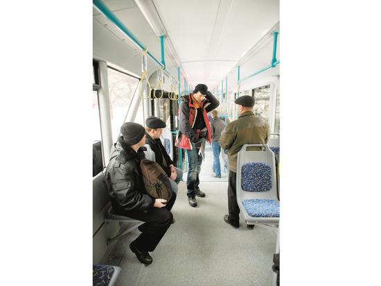 Отмена турникетов в общественном транспорте: выдержат ли москвичи испытание честности