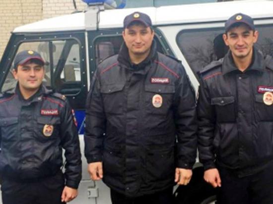Трое полицейских Ставрополья удостоены наград «Засмелость воимя спасения»