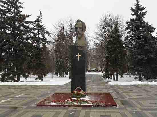 Школе №32 вКраснодаре присвоили имя Феликса Дзержинского