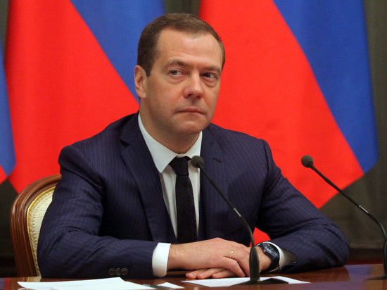 Медведев распорядился опроведении переговоров сЕгиптом по применению воздушного пространства
