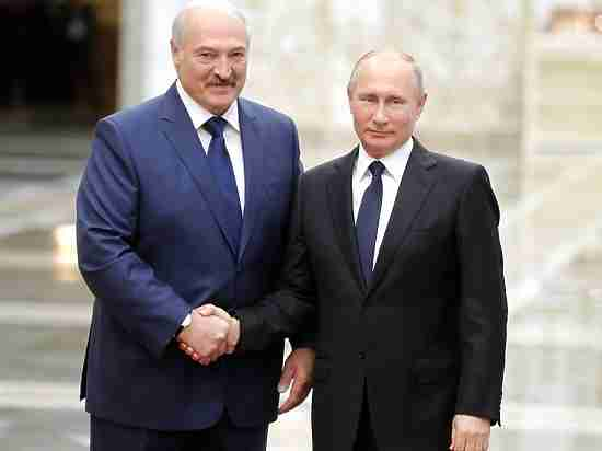Лукашенко исправился: принял Путина на саммите ОДКБ как родного брата