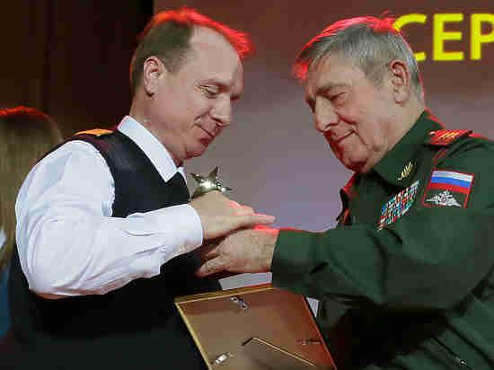 Заслуженный спасатель-пилот рассказал, как предотвратили катастрофу на пожаре в «Синдике»