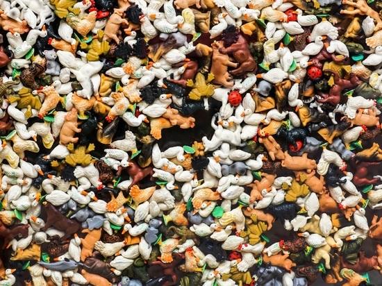 Психологи: избыток игрушек разрушителен для детской психики
