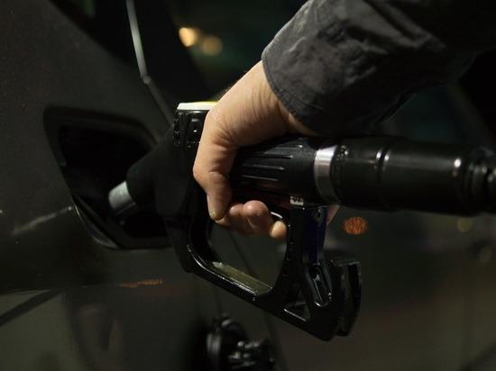 Бензин на Алтае  дорожает, но остается самым дешевым в СФО