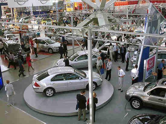 В РФ ожидается резкий рост цен на автомобили в 2018 году