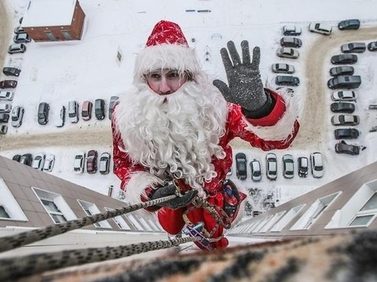 Сезон Деда Мороза наступает: оренбуржцам предлагают программы от 2 до 20 тысяч рублей