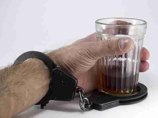 Каждый шестой пациент стационаров в Москве страдает алкоголизмом