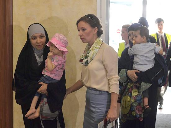 Родить в ИГИЛ: исповеди матерей