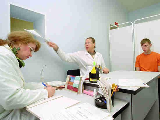 Денег на медицину из бюджета выделят больше