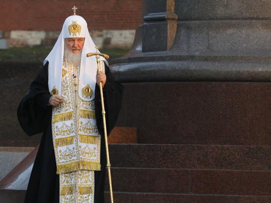 Патриарху Кириллу ставят прижизненный памятник, его вылепил Салават Щербаков