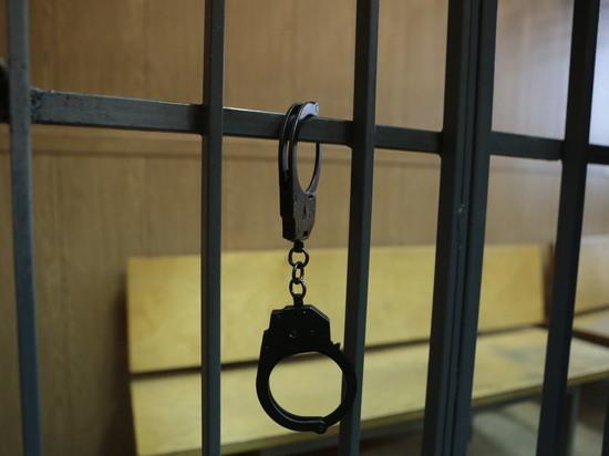 Генерала ФСБ приговорили к4 годам тюрьмы замошенничество